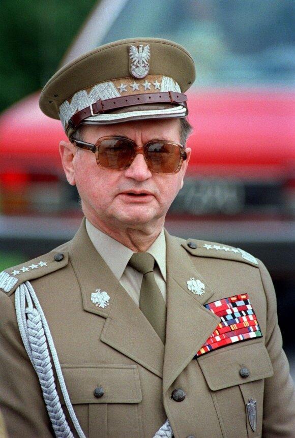 Адам Михник в Литве: Россия не должна быть империей