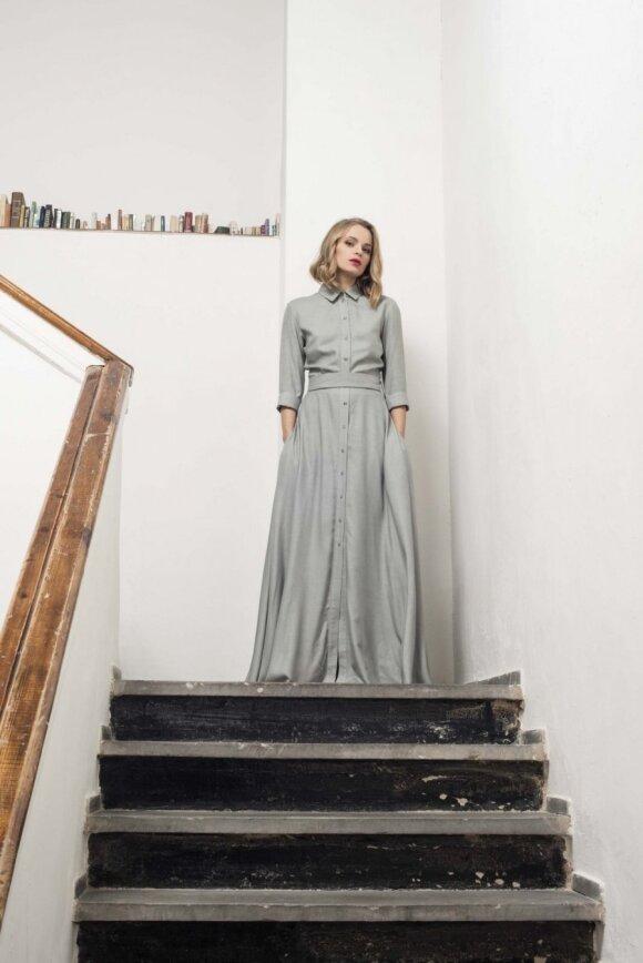 Mintis kurti moteriškumą pabrėžiančias sukneles gimė per naktį