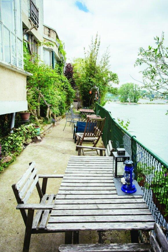 Atostogas primenantis lietuvės ir prancūzo būstas Paryžiuje