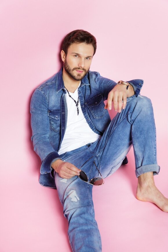 """K. Toleikytė ir V. Baumila pristato miesto stileivoms skirtą """"Denim Dream Jeans"""" kolekciją"""