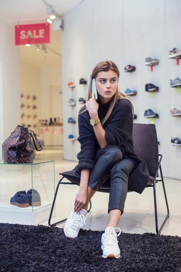 Stilistė G. Varnaitė: nėra aprangos, prie kurios nederėtų sportinė avalynė