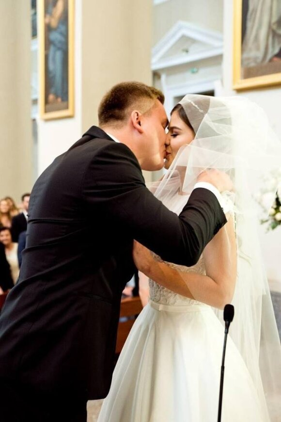Kriptomilijonierius Paulius Aršauskas išsiskyrė su žmona: santuoka truko vienerius metus