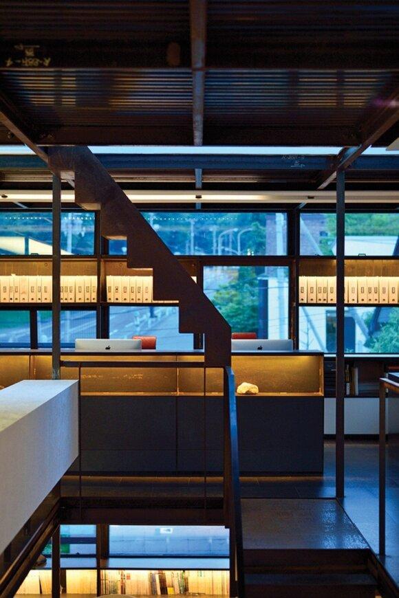 """Higo"" biuras: stebuklinga, beveik nematoma konstrukcija"