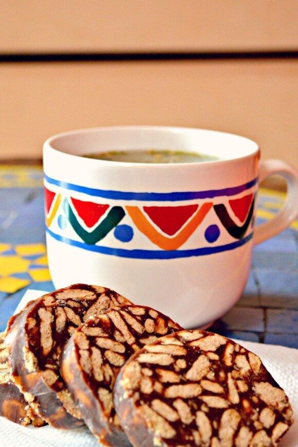 Mėgstamiausias desertas – tinginys su kondensuotu pienu