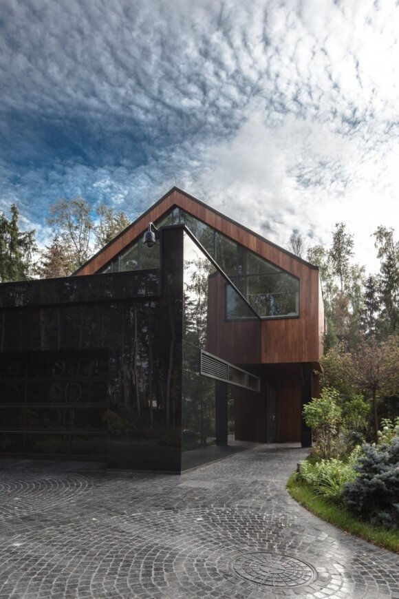 """Išskirtinis lietuvių architektų sukurtas interjeras Maskvoje: 2500 kv.m. """"Premium"""" klasės namas"""