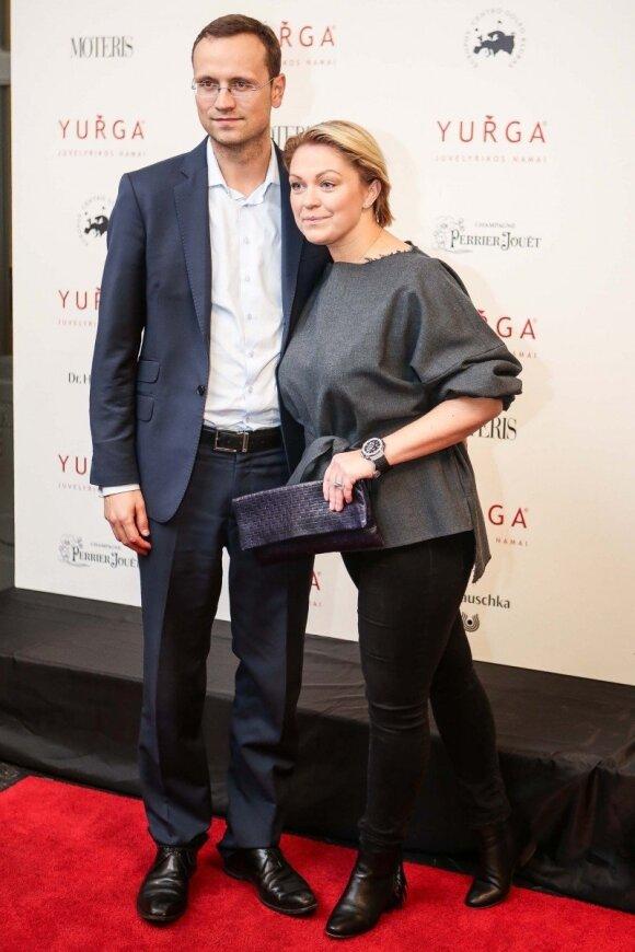 Agnė Armoškaitė-Grigaliūnienė su vyru Simonu