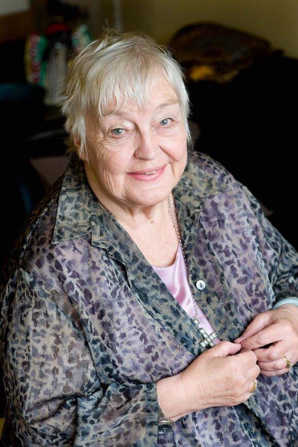Žmogaus teisių aktyvistė E. Pizzey: man liko nedaug laiko, bet dar labai norėčiau pamatyti feminizmo žlugimą