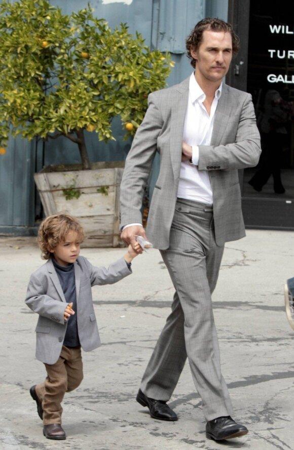 Aktorius Matthew McConaughey su sūnumi Levi