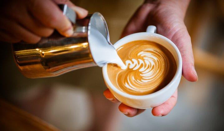Kavos ruošimo subtilybės: tinklalaidės apie šio gardaus gėrimo gaminimo namuose paslaptis