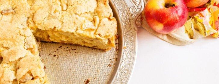 Greitas obuolių pyragas, kuris pavyks kiekvienam