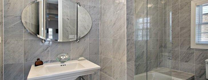 Kaip daug neišleidžiant atnaujinti vonios kambarį?