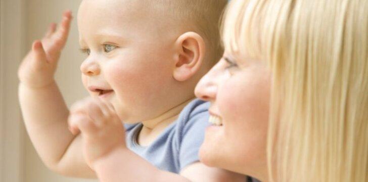 Vaikas noriai eina į darželį – ar tai rodo jo prastus santykius su mama?
