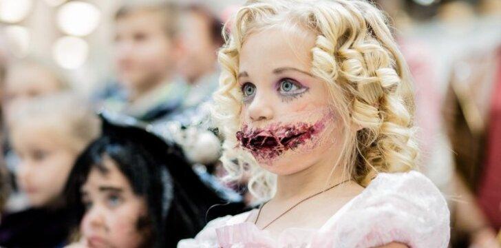 """Šimtai vaikų Kaune varžėsi dėl baisiausio Helovino kostiumo <sup style=""""color: #ff0000;"""">(FOTO)</sup>"""