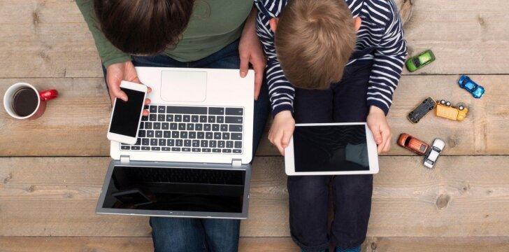 Išmaniųjų telefonų žala vaikams – kaip ją įveikti