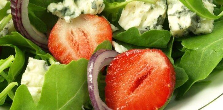 """<span style=""""color: #ff0000;"""">5 netikėtos salotos</span> (pagrindas - špinatai ir pelėsinis sūris)"""