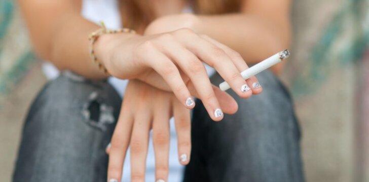 Cigarečių dūmuose slypintys pavojai