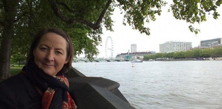 """9 mėn. Londone: gimė dukra, vardu Emigracija <span style=""""color: #ff0000;""""><sup>4 vaikų Birutės dienoraštis</sup></span>"""