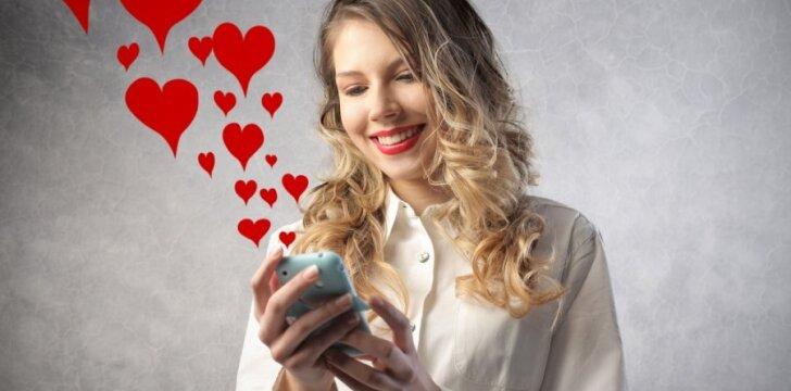 Gražiausio Valentino dienos SMS autorei atiteks Samsung  Galaxy ACE La Fleur telefonas.