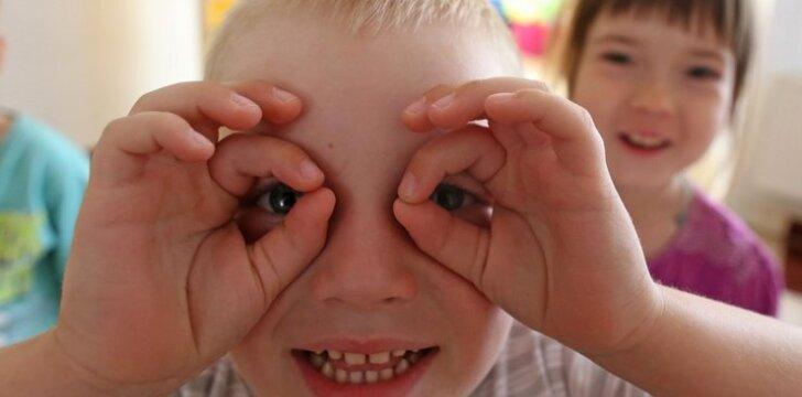 """Psichologė apie amžiaus skirtumą tarp vaikų: koks idealiausias? <sup style=""""color: #ff0000;"""">Apklausa</sup>"""
