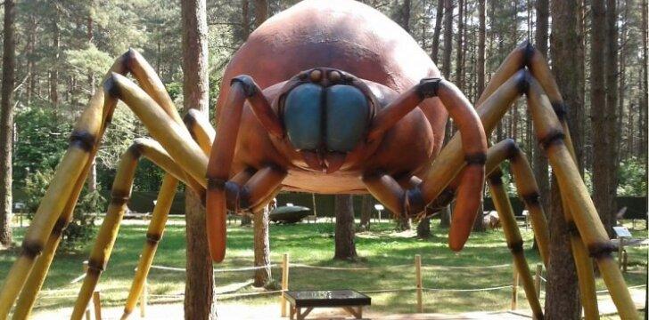 """Milžiniško dydžio vabzdžių parkas Lietuvoje laukia ne tik vaikų <sup><span style=""""color: #ff0000;"""">FOTO</span></sup>"""
