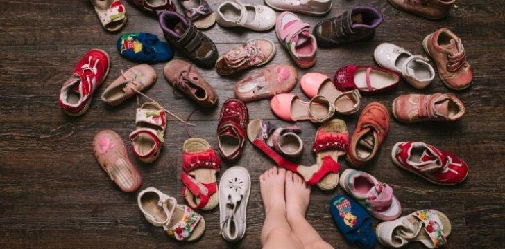 Kuo šiandien apsiavęs jūsų vaikas: specialistų patarimai kiekvienai šeimai