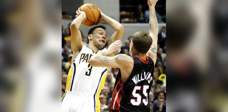"""Šarūnas Jasikevičius (""""Pacers"""") prieš Jasoną Williamsą (""""Heat"""")"""