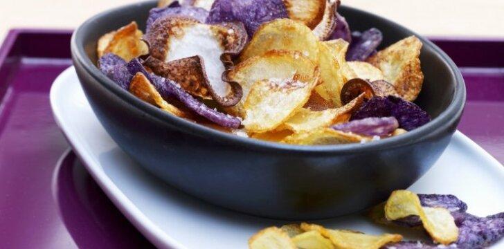 Kaip pasigaminti naminius bulvių traškučius