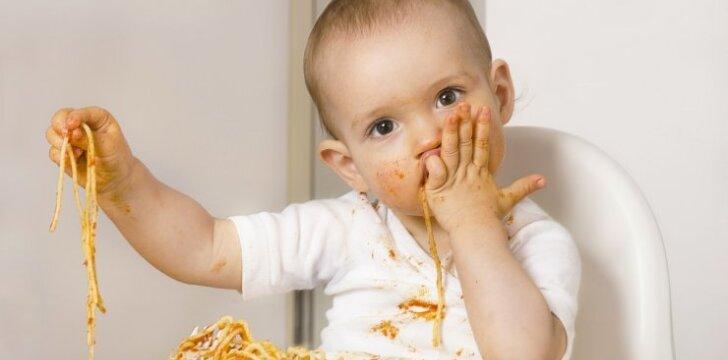 """Perversmas kūdikių mityboje ar mada, kuri praeis? <sup style=""""color: #ff0000;"""">Gydytojos ir mamos komentarai</sup>"""