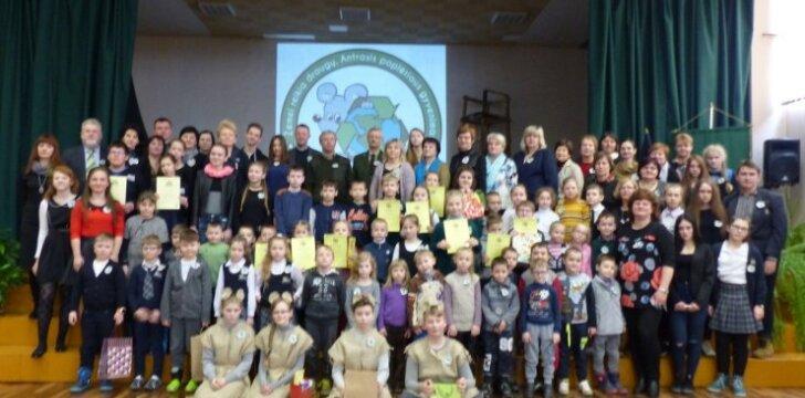 Balbieriškio mokykloje popierius atgimė naujam gyvenimui