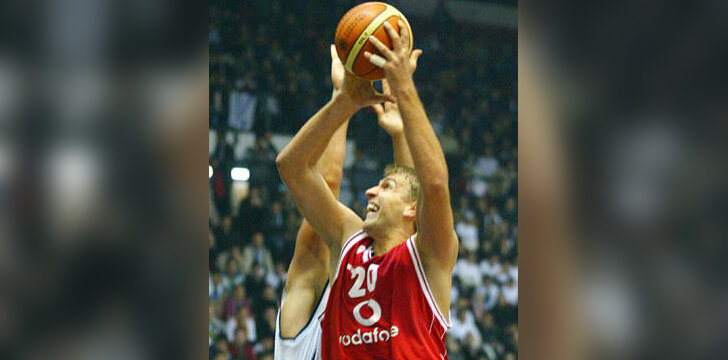 """Andrija Žižič (""""Olympiacos"""")"""