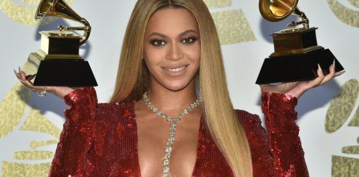 Nėščia Beyonce paviešino naujausias savo nuotraukas