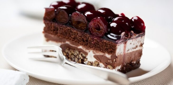 Vyšnių tortas su vafliais