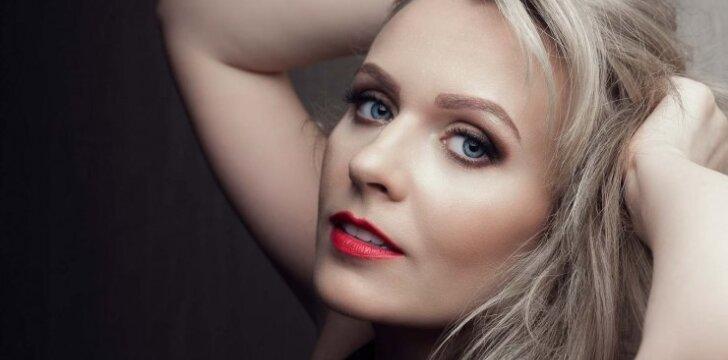 Dainininkė Marija Akelan: sensacijų nemėgstu ir nenoriu, kad jos apie mane būtų kuriamos