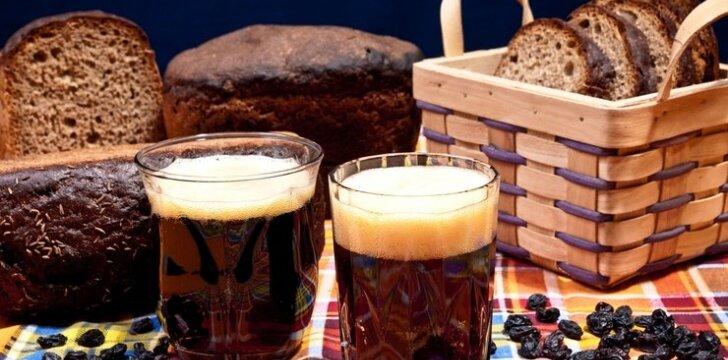 Duonos gira su džiovintais vaisiais