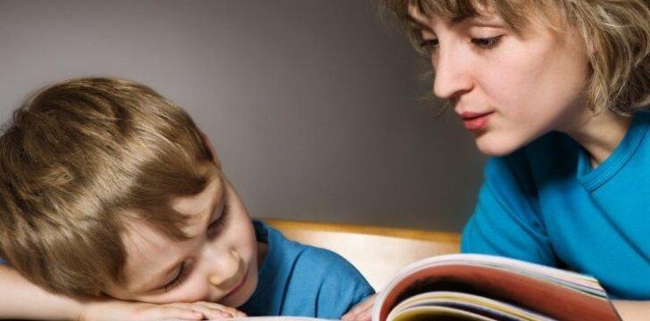 """Ar būtina vaiką iki mokyklos išmokyti skaityti? <sup style=""""color: #ff0000;"""">Pedagogės komentaras</sup>"""