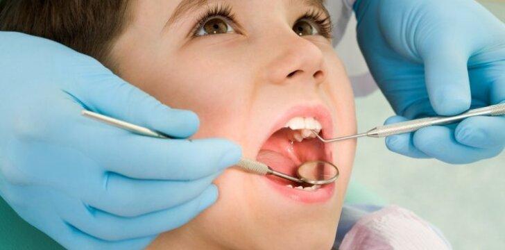 """Ar jau pasirūpinote vaiko sveikatos pažymėjimu? <span style=""""color: #ff0000;""""><sup>APKLAUSA</sup></span>"""