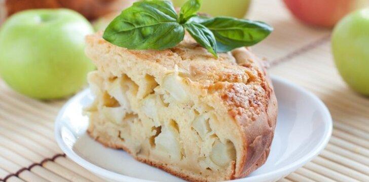 Pats paprasčiausias ir lengviausias obuolių pyragas