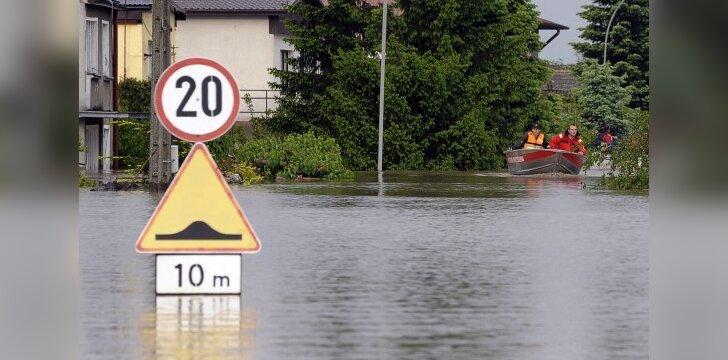 Varšuvoje iš krantų išsiliejo Vyslos upė
