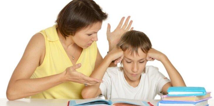 5 frazės, kurių geriau niekada nesakyti vaikui