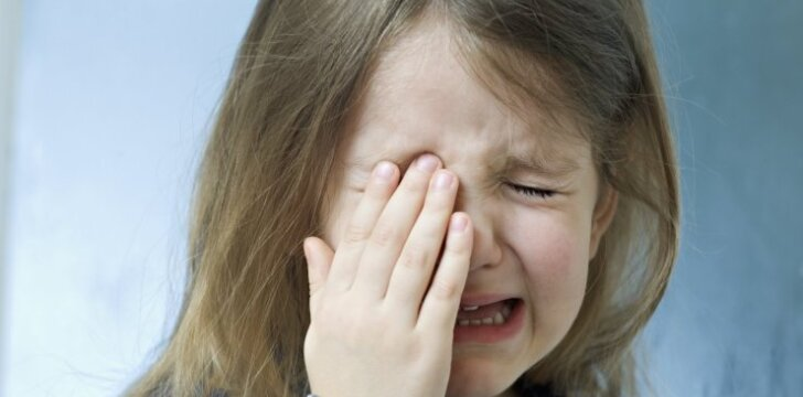 Vaikas turi baimių: kaip jam padėti gali tėvai
