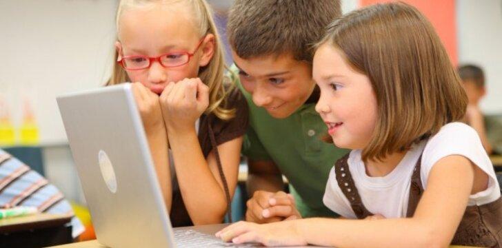 """<span style=""""color: #ff0000;""""><em>Alfa</em></span> kartos vaikai: kokie jie, ir kaip su jais elgtis?"""