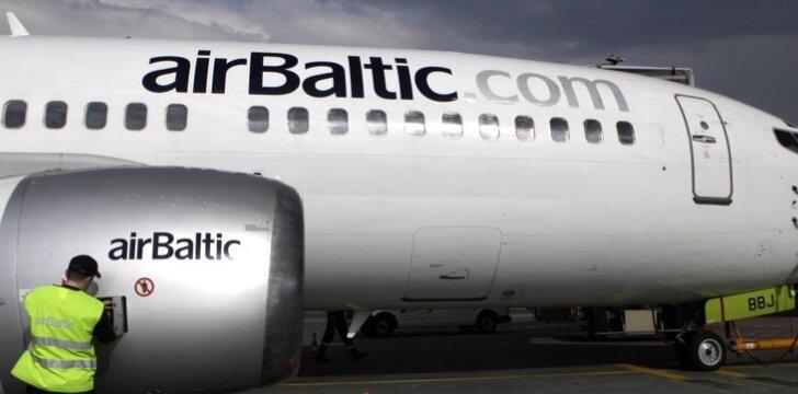 """""""airBaltic"""" skelbia bilietų išpardavimą: kainos nuo 11 eurų"""