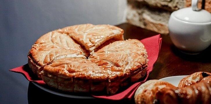 Prancūziškas Trijų karalių pyragas – su ypatinga paslaptimi
