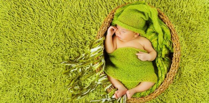 """<span style=""""color: #ff0000;"""">Jaudinantis VIDEO:</span> fotografė įamžina miegančio sūnaus sapnus"""