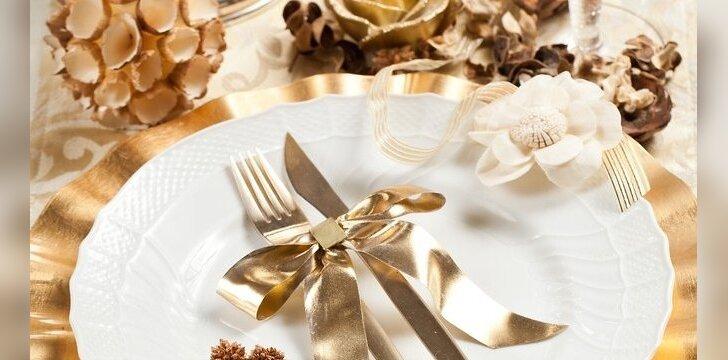 """ŠVENTĖS. Kalėdų <span style=""""color: #ff0000;"""">stalo dekoravimo</span> tendencijos (FOTO)"""