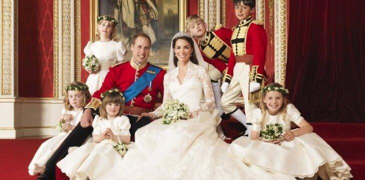 Perrašyta karališkoji istorija: princas Williamas gimdykloje?