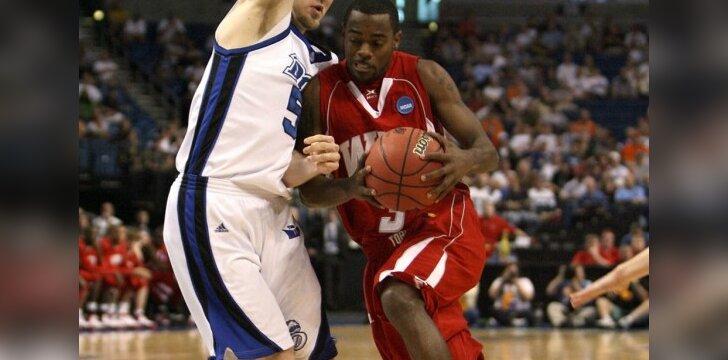 Tyrone  Brazeltonas (su kamuoliu)