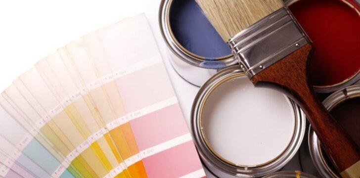 Tapetuoti ar dažyti? Priklauso nuo statybininkų palikto broko