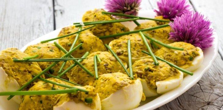 Šprotais įdaryti kiaušiniai