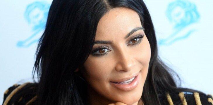 Ar Kim Kardashian išties buvo įsodintas vyriškos lyties embrionas?